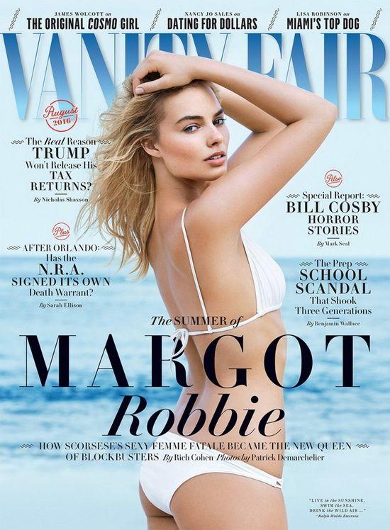 Margot Robbie 演绎性感海滩度假风尚